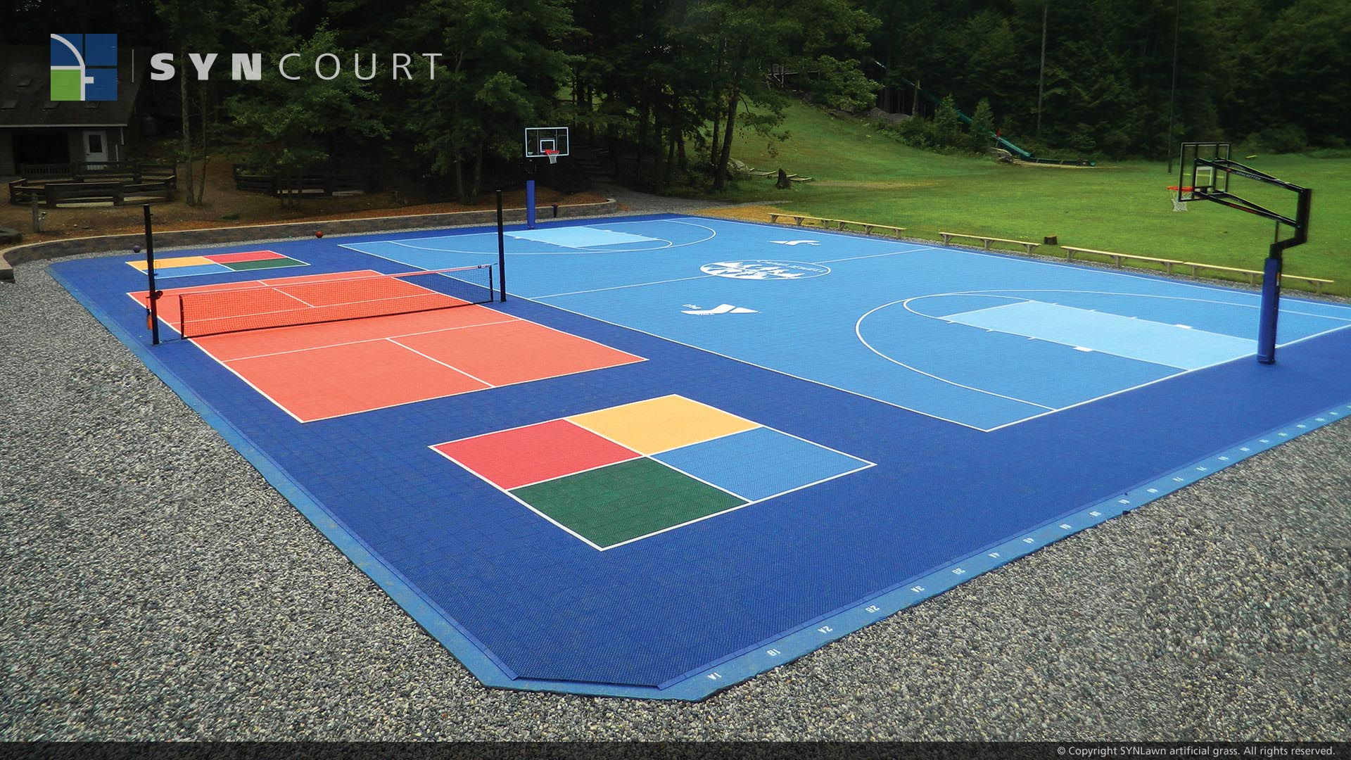 Basketball court made with SYNlawn materials