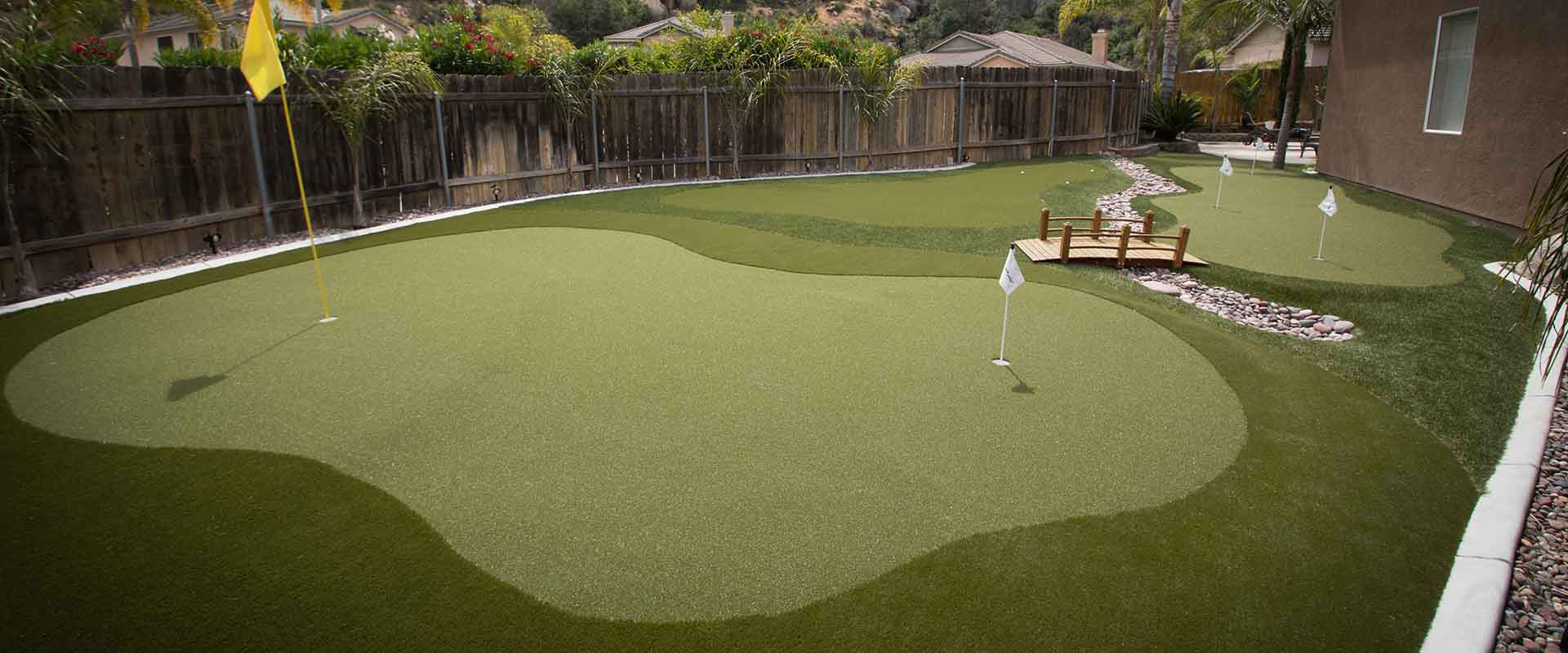 custom putting greens for your home by synlawn of georgia